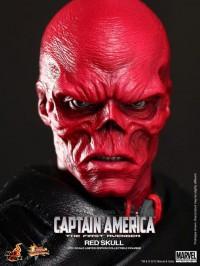 Hot-Toys-Red-Skull-6