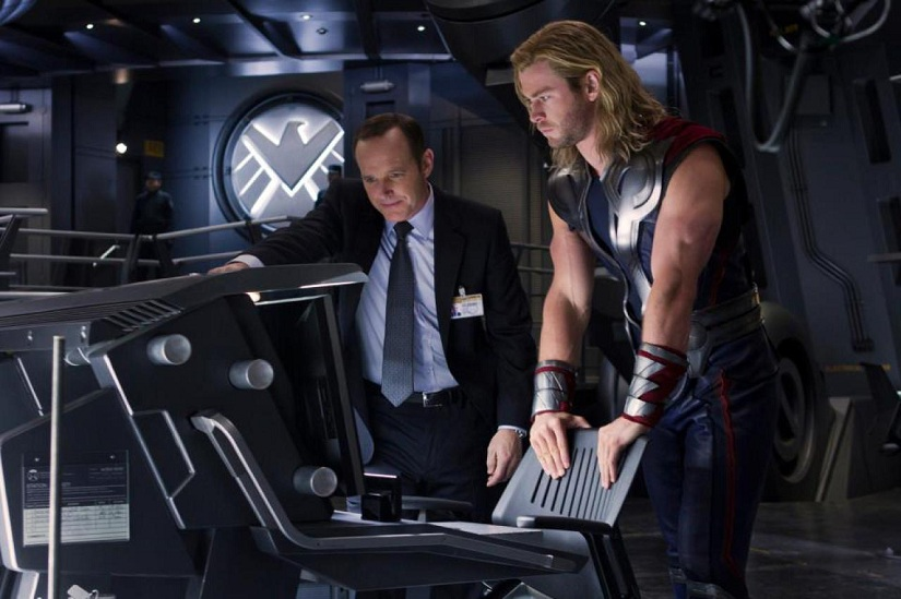 Marvels_The_Avengers-coulson-thor