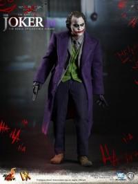hot-toys-joker-the-dark-knight-heath-ledger-figure-10-450x600