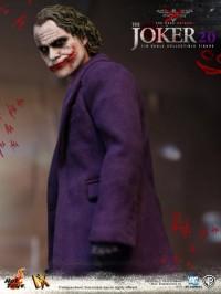 hot-toys-joker-the-dark-knight-heath-ledger-figure-15-450x600