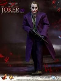hot-toys-joker-the-dark-knight-heath-ledger-figure-16-450x600