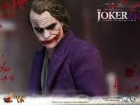hot-toys-joker-the-dark-knight-heath-ledger-figure-18-600x450