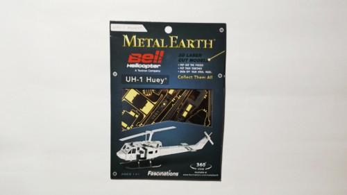 METAL_EARTH_UH1-HUEY