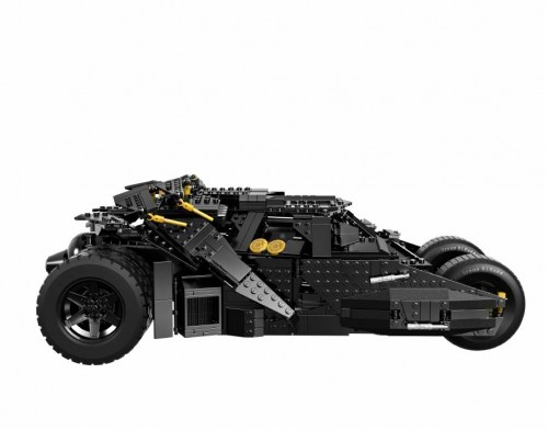 SDCC-2014-LEGO-Batman-Darknight-Tumbler1