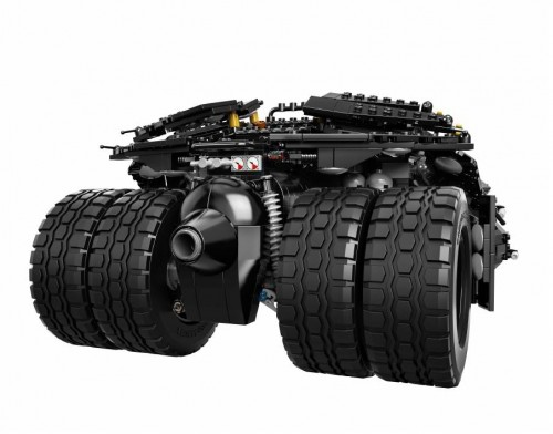 SDCC-2014-LEGO-Batman-Darknight-Tumbler3