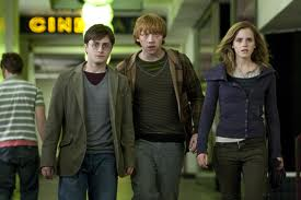 Harry, Ron and Hermione in Deathly Hallows