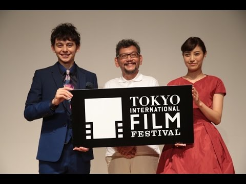 Anno(center) at the recently held Tokyo International Film Festival. Photo by AFP.