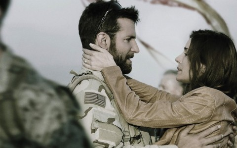 The movie also examines the relationship of Chris Kyle and his wife Taya (played by Sienna Miller). Photo by Warner Bros Pictures.