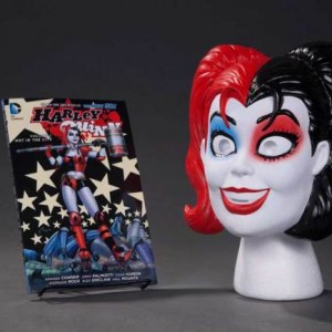 Harley Quinn Book and Mask set