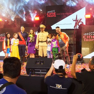 """The cast of """"Patintero: Ang Alamat ni Meng Patalo"""" and """"Heneral Luna"""" on stage, with director Mihk Vergara."""