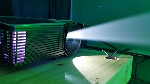 acer-dlp-projector2