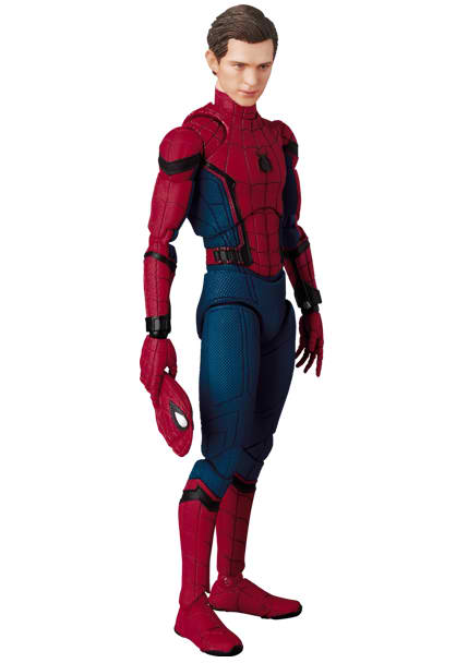 Spider-Man-Homecoming-MAFEX-008