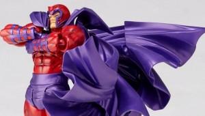 Amazing-Yamaguchi-Revoltech-Magneto-007-928x483
