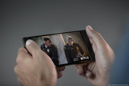Razer-Netflix-Flipgeeks-1
