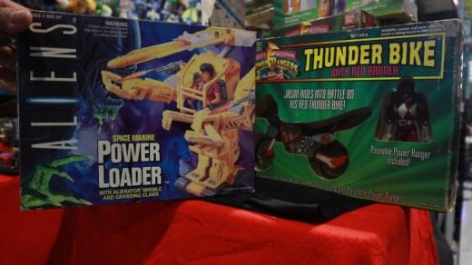 Toycon-Aliens-ThunderBike-FlipGeeks